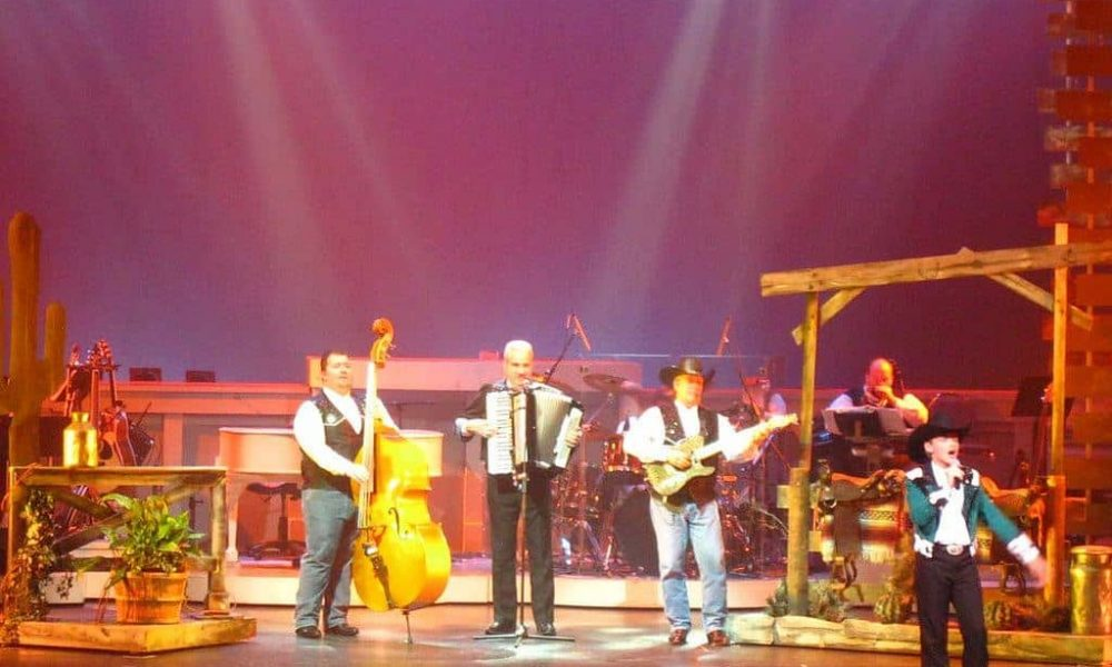 3 Upcoming Country Tonite Theatre Events You Don't Want to Miss