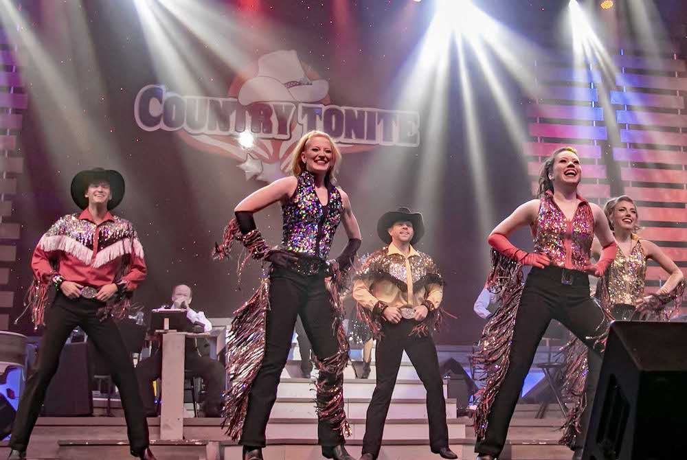Top 4 Reasons to Add Our Pigeon Forge Show to Your Spring Vacation Plans